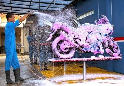 Tips Sukses Membuka Usaha Cuci Motor Untuk Pemula