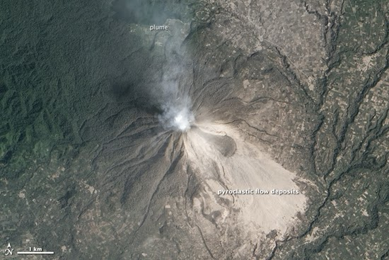 NASA Potret Gunung Sinabung dari Luar Angkasa