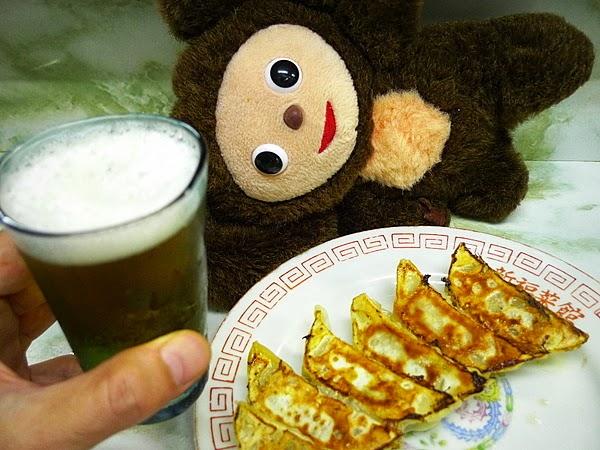 新福菜館三条店 ビールと餃子をお代わり
