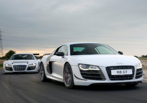 3 of 9 - 2011 Audi R8 GT Races Pictures