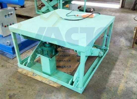 Electric Motor Directly Operated Jack Screw Scissor Lift Table