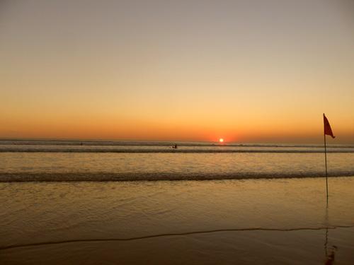 sunset di pantai kuta bersama #SI08