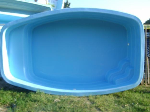 Alyne rodrigues tipos de piscinas for Piscina de fibra 3 por 4