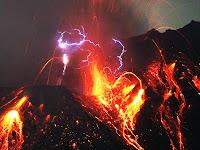 Yanardağ Lav Mağma Şimşek Elektrik