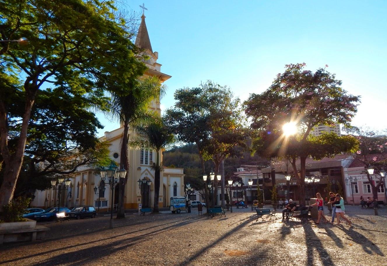 Praça central de Socorro.
