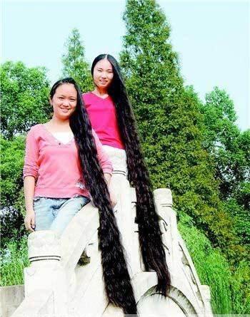 όμορφο κορίτσι-+-με μακριά μαλλιά-