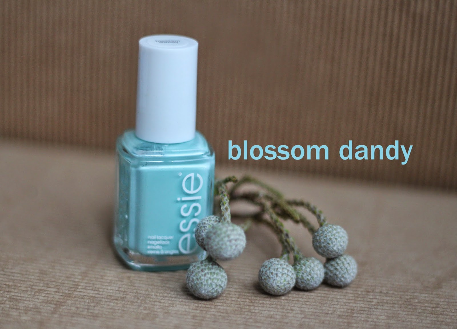 photo-essie-primavera-2015-flowerista-blossom_dandy