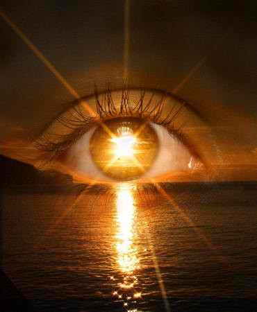 What happens to the body during Sun Gazing?