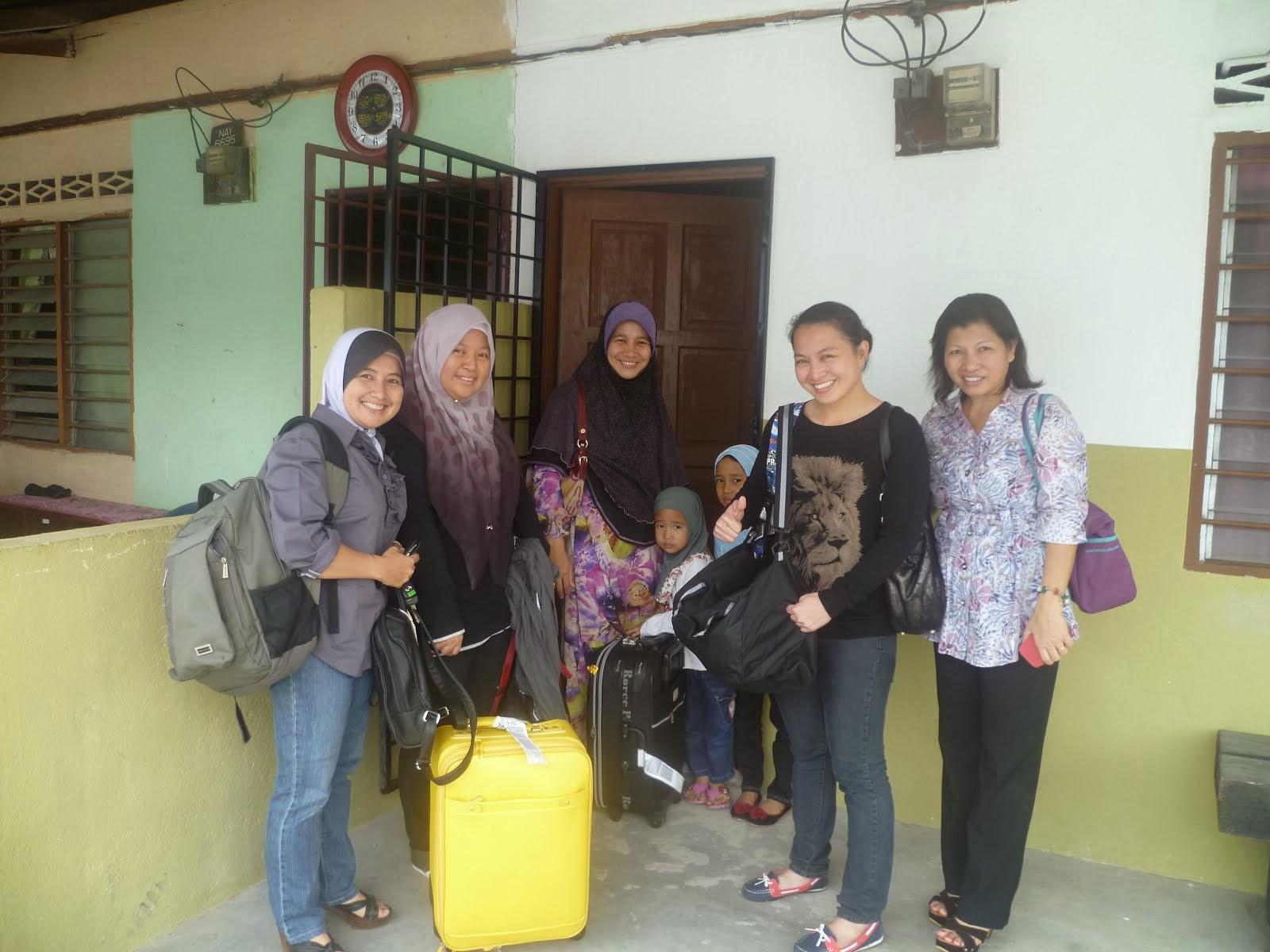 Cik Kamilah & the gang dari Sabah