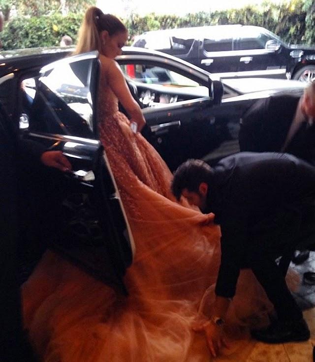 El vestido enorme de Jennifer López