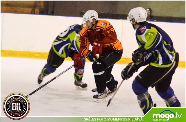Entuziastu hokeja līgas RZ divīzijas spēle starp HK Latvijas Gāze un HK Tērvete Daugavas ledus halle Rīga
