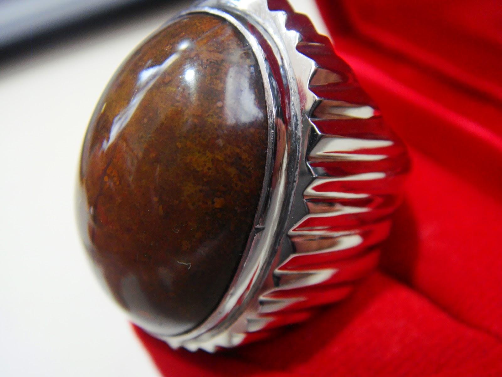 Batu Bacan Coklat