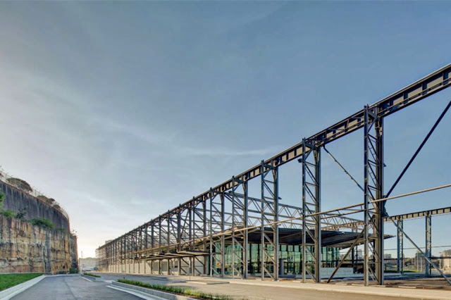 05-White-Bay-Cruise-Terminal-by-Johnson-Pilton-Walker-Architects