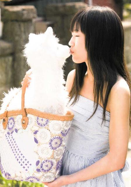 AKB48 Watanabe Mayu Mayuyu Photobook pics 17