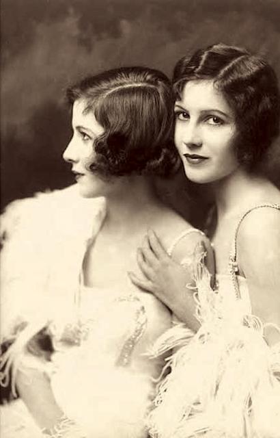 Fairbank Sisters #vintage #1920s #flapper #sisters