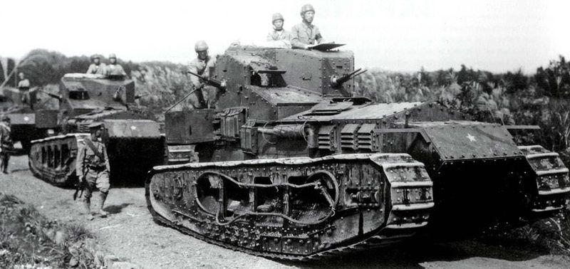 TANQUES Y BLINDAJES DE TANQUES 800px-Mk.A_Whippets_in_Japanese_service