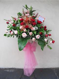 Bunga Ucapan Selamat Standing Flowers