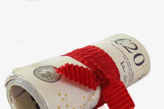 Zabawne sposoby na szybsze spłacanie kredytów.