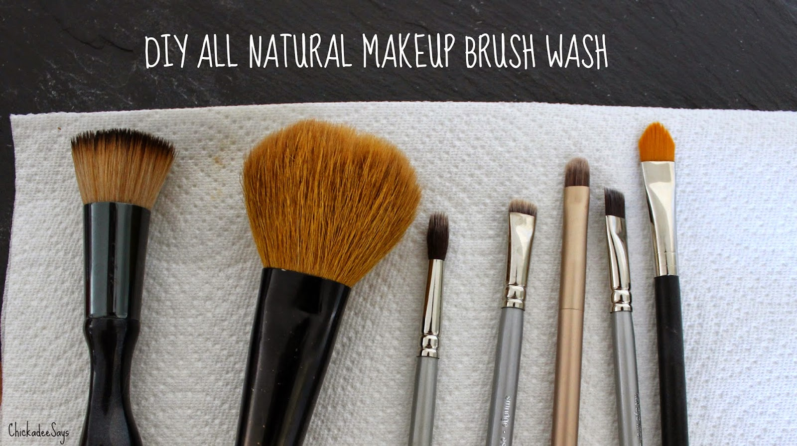 oil brushes. antiseptic, natural tree Tea   natural cleaner a oil tree is tea my makeup brush lavender oil