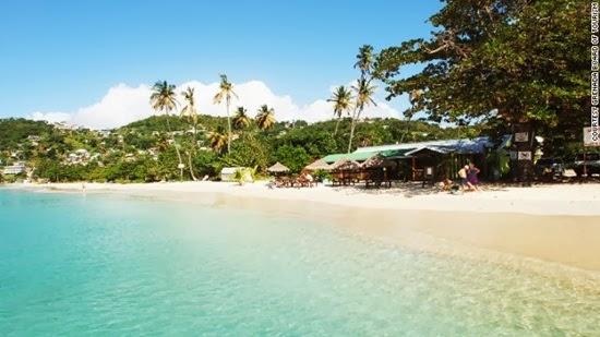 5 Pantai Cantik dan Indah Di Seluruh Dunia