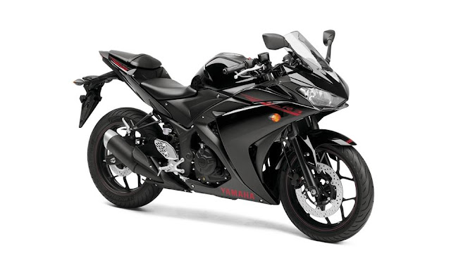 Yamaha R3 Black Launch In India