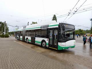 Obus + Bus: Jubiläum für rollendes Wahrzeichen, aus MOZ
