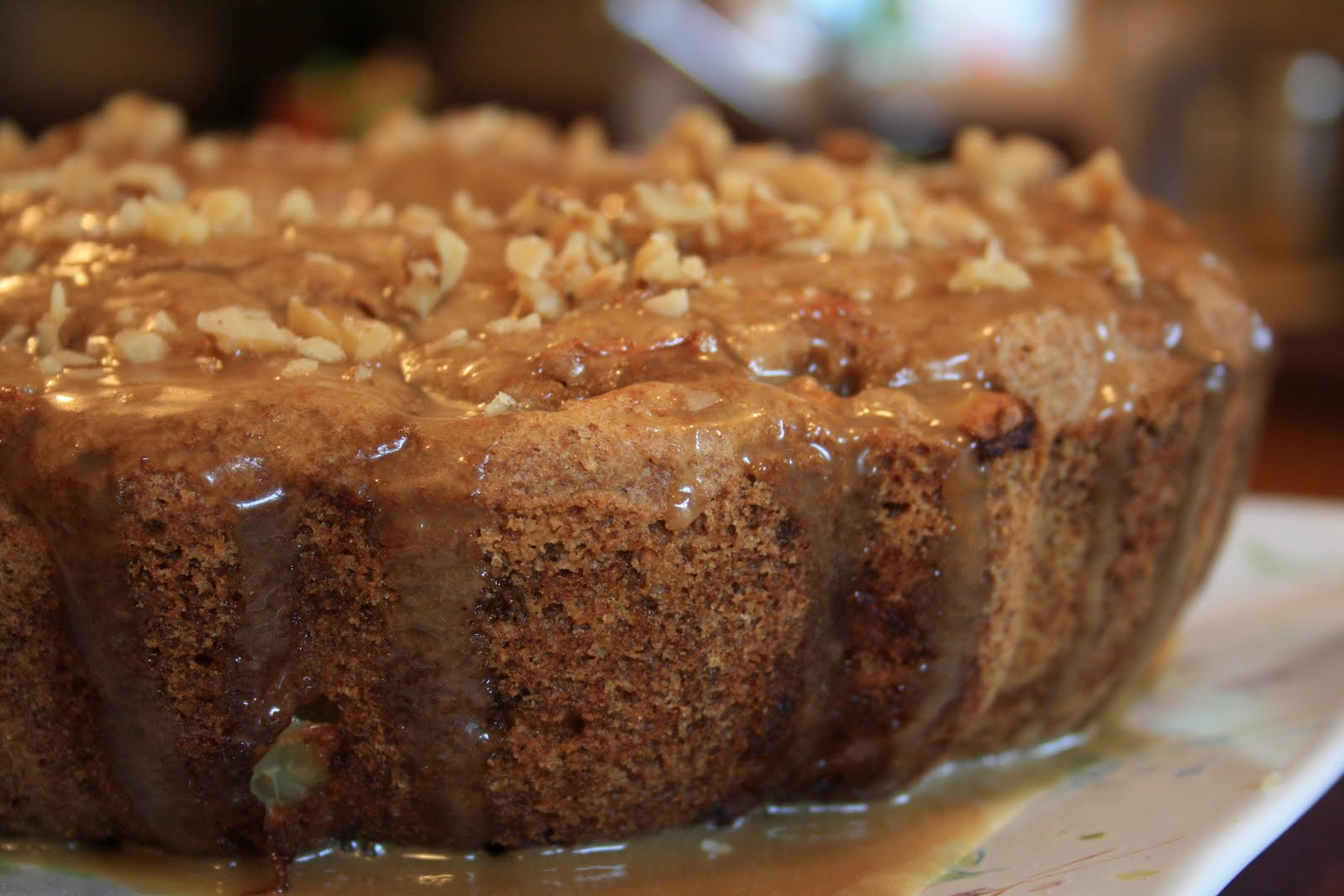 Meals with Michelle: Apple Spice Cake w/ Caramel Icing