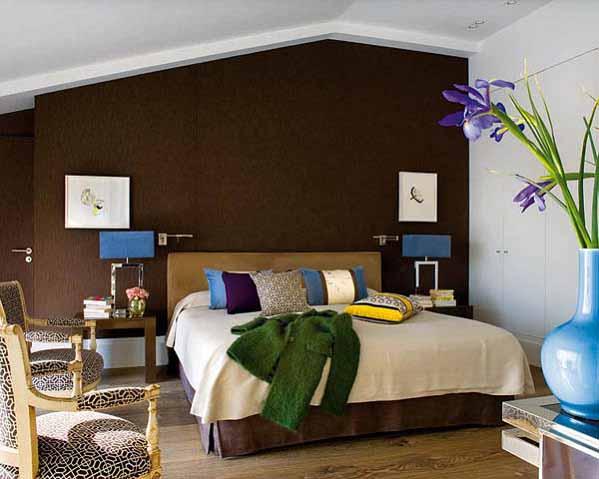 rumah minimalis, desain interior, ruang kamar dengan kasur