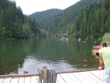Lacul Rosu cu rate si barci