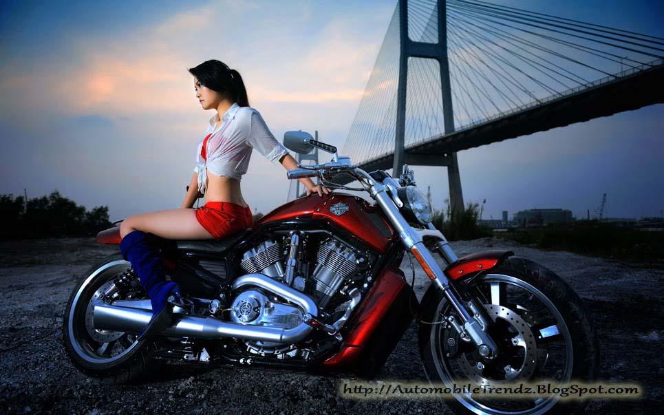 Automobile Trendz Harley Davidson With Hot Girl
