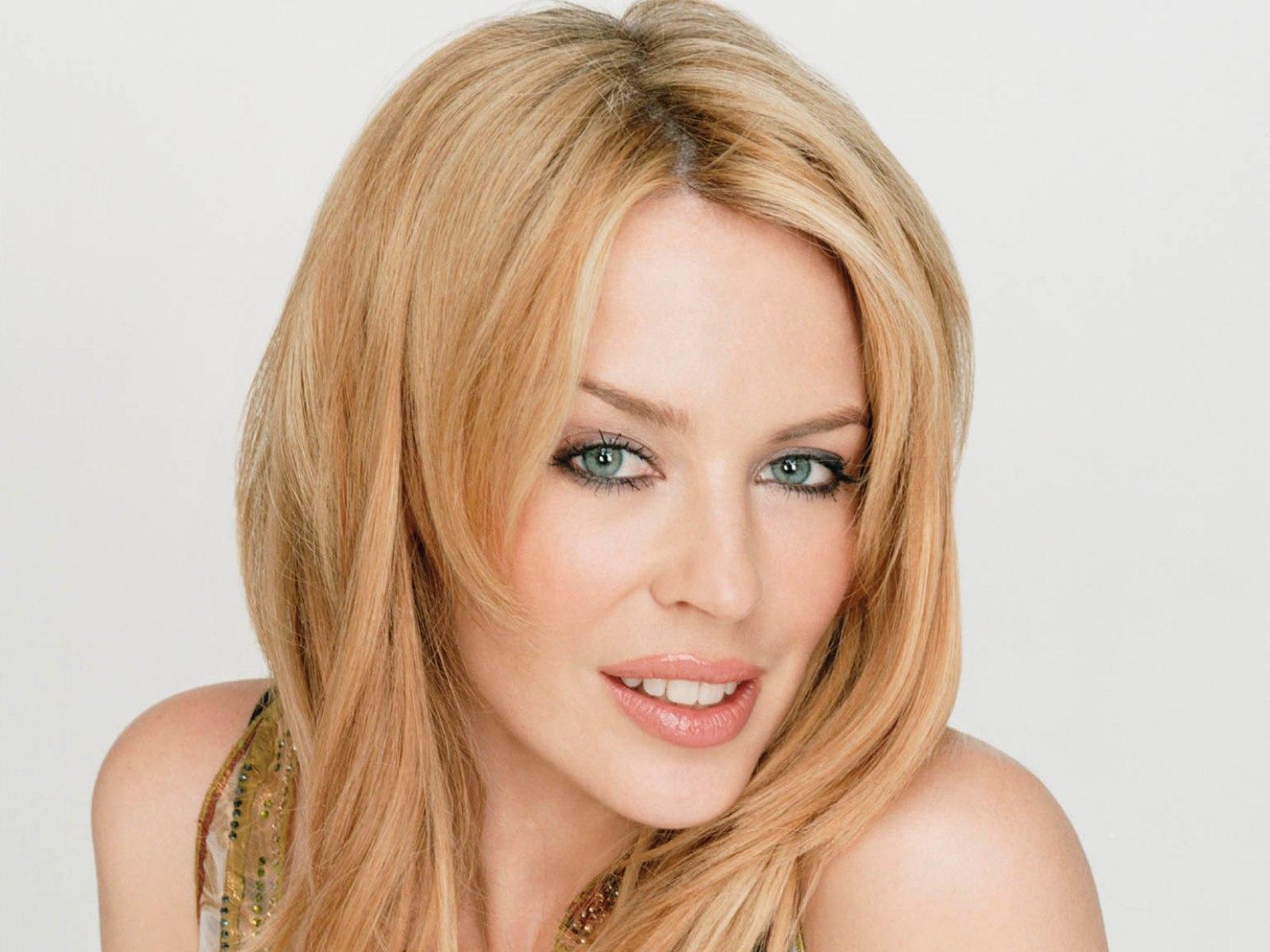 http://4.bp.blogspot.com/-4Dn7c2jsv0U/USlb3zqe68I/AAAAAAAAlaU/p14P5tDBoxU/s1600/Kylie-Minogue.jpg