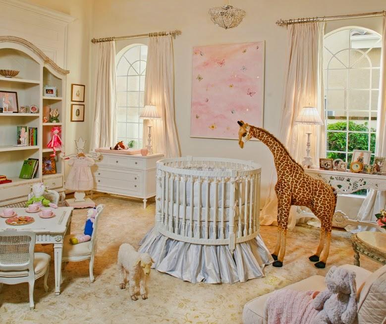 Memilih Hiasan dan Pendingin Udara Kamar Bayi