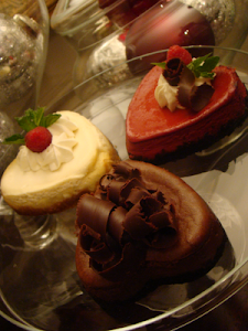 GiGi&#39;s Bake Shop Sweets.Treats.Celebrations. Luscious Cheesecakes and Cupcakes!