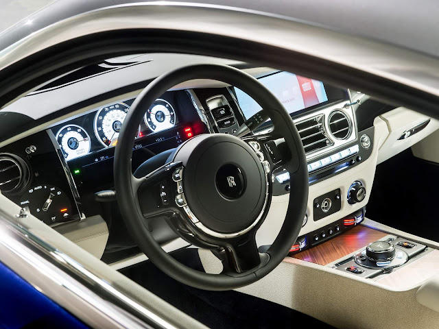 Rolls Royce Wraith - interior