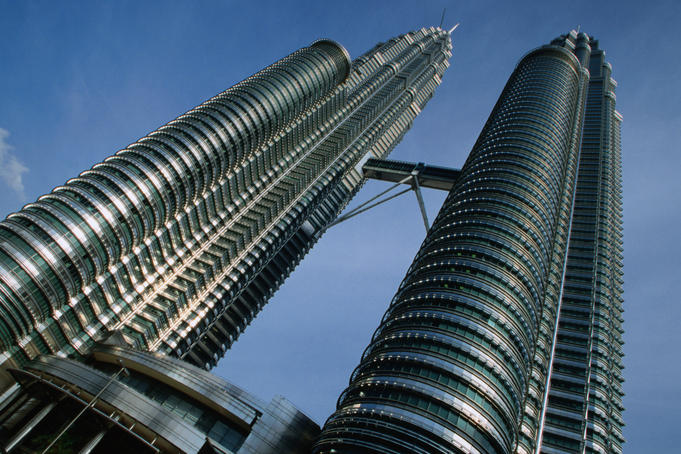 Facts About The Petronas Twin Towers Petronas Twin Towers Pair of