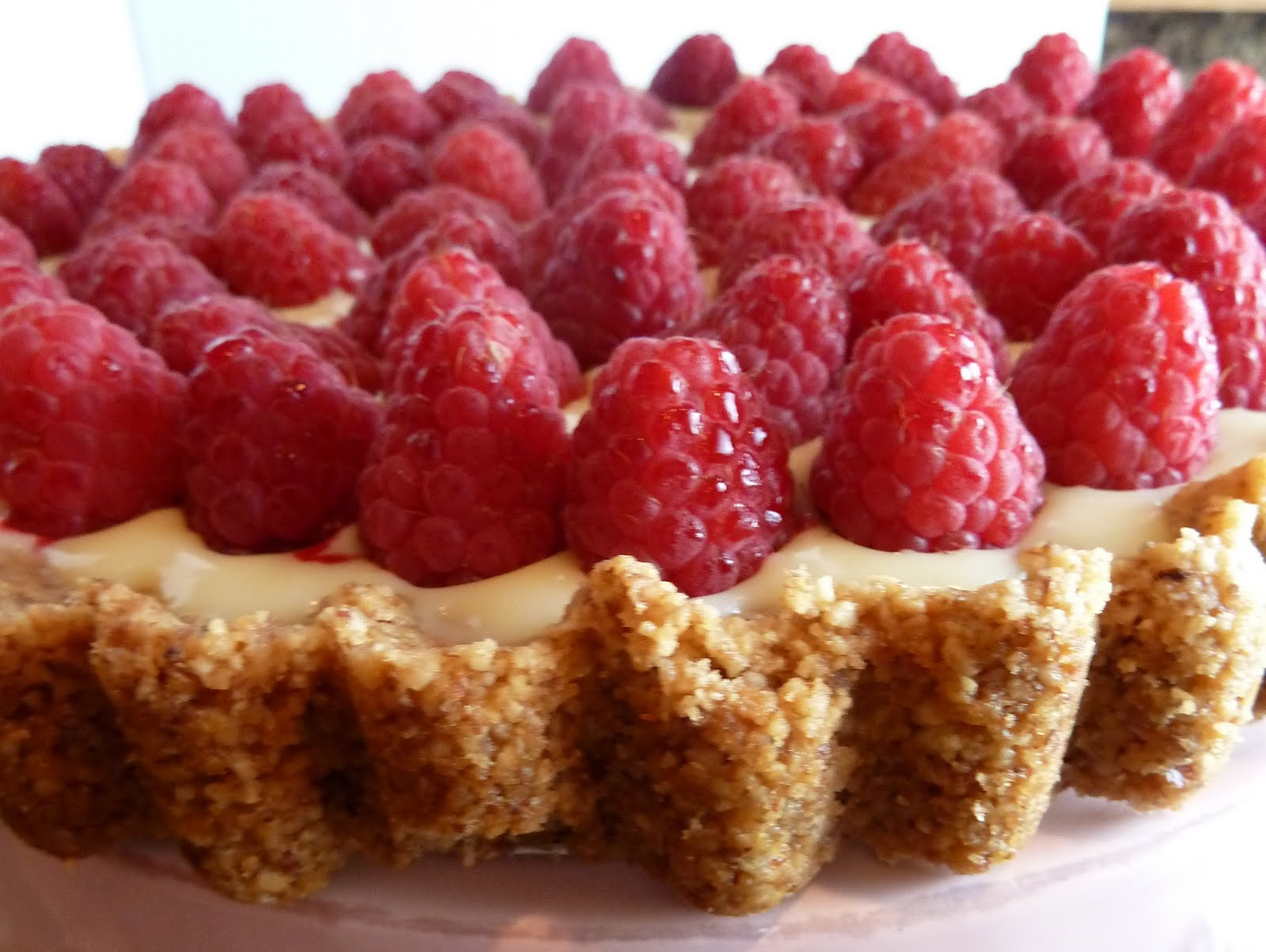carolynn's recipe box: White Chocolate Raspberry Tart
