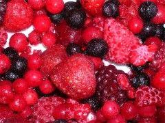 Frutos rojos (frutillas o fresas, arándanos, frambuesas)