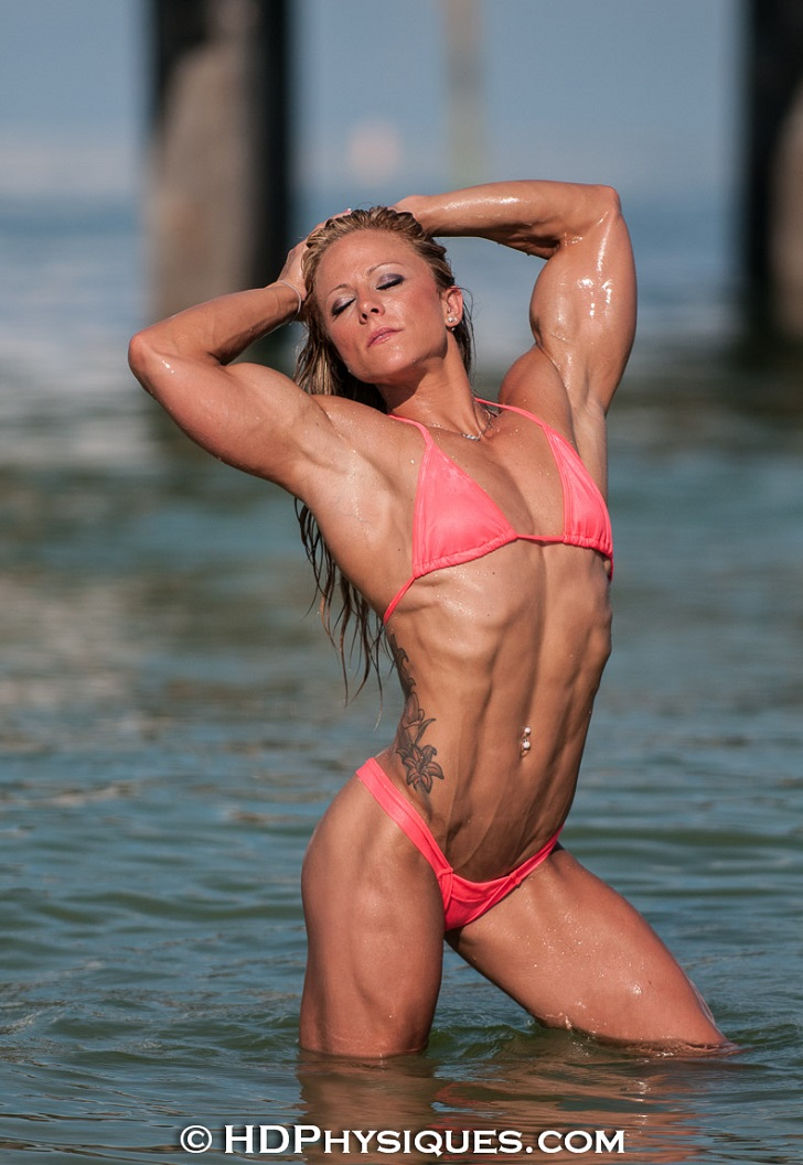 Dani Reardon Modeling Her Ripped Abs And Impressive Biceps In A Bikini