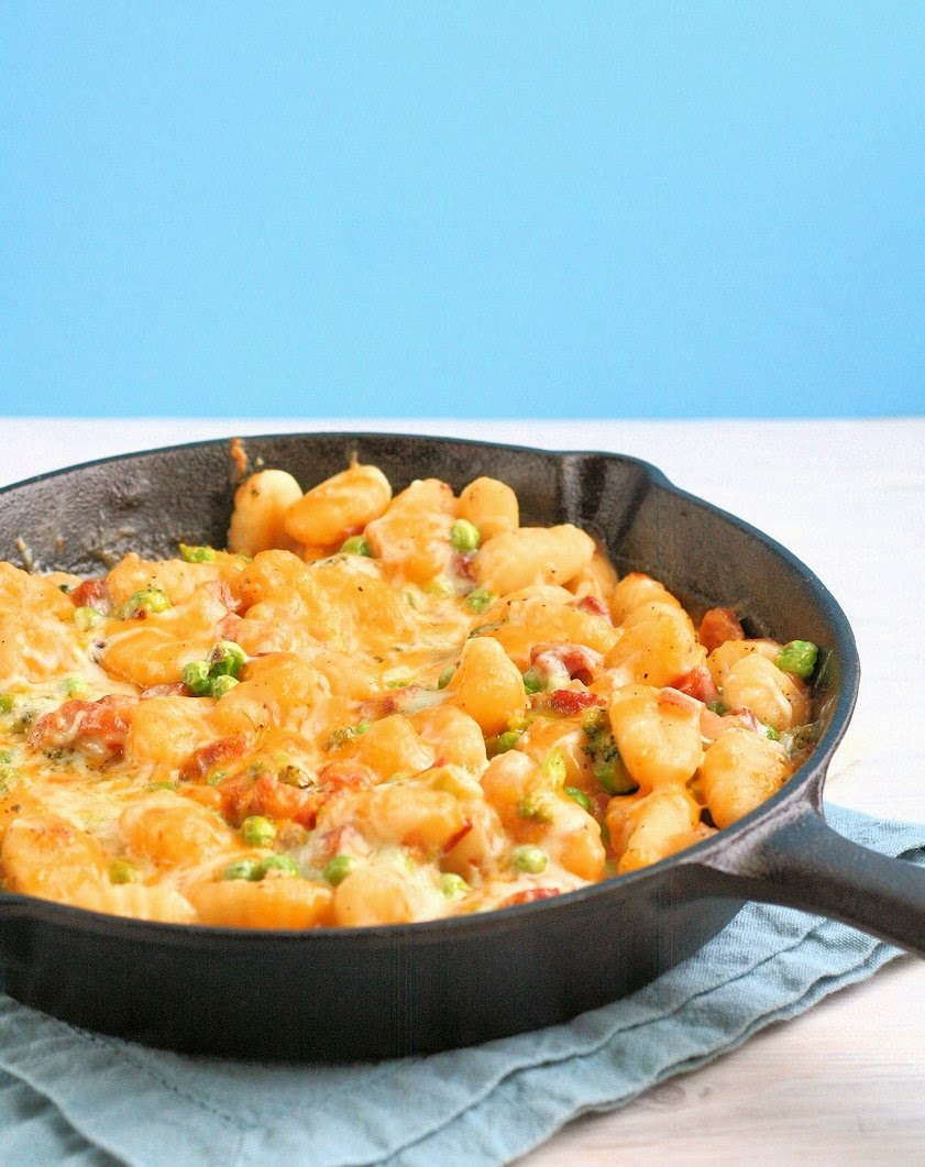Skillet Ham & Cheese Gnocchi ~ A quick and easy meal when you need dinner on the table fast - plus it's full of veggies!