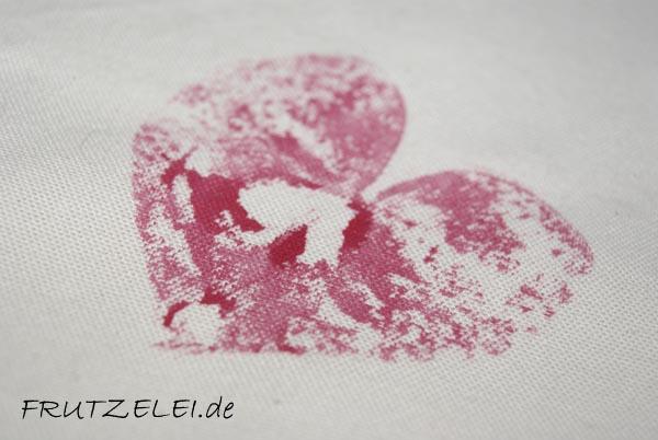 http://frutzelei.blogspot.de/2013_07_01_archive.html