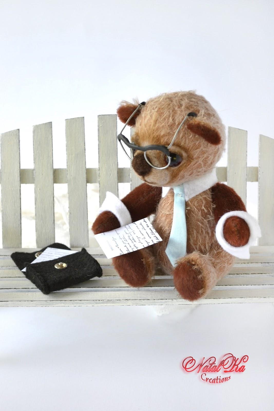 Künstler Teddybär handgemacht von NatalKa Creations. Artist teddy bear handmade by NatalKa Creations.