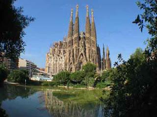 Imagem da Sagrada Família em Barcelona