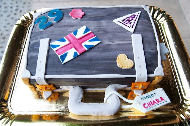 torta valigia
