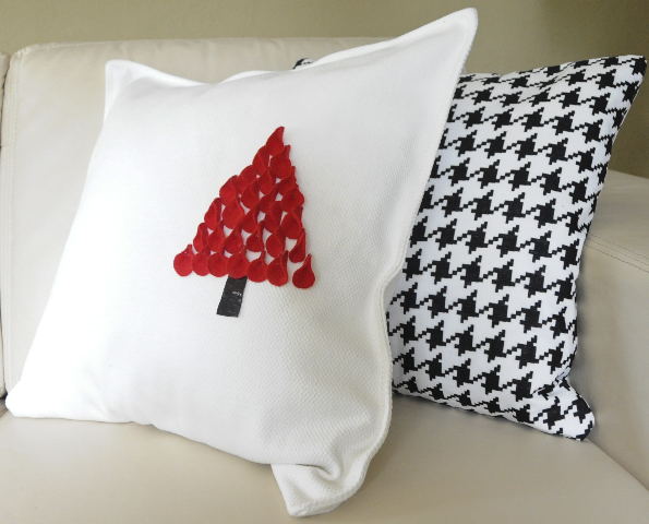 The Design Pages Make A Christmas Pillow
