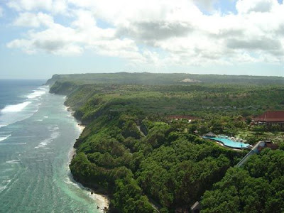 Indahnya Bali Cliff
