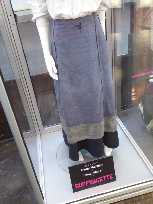 Carey Mulligan Suffragette costume skirt detail