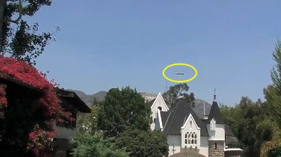 UFO (CGI) Over Hollywood