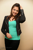 Madhu Shalini Glam pics at Citizen Audio-thumbnail-16