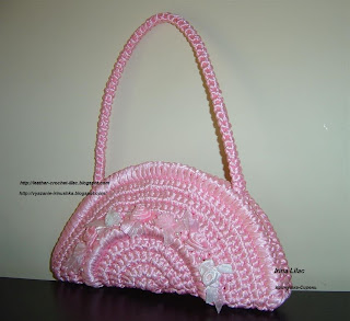 satin-ribbon-bag