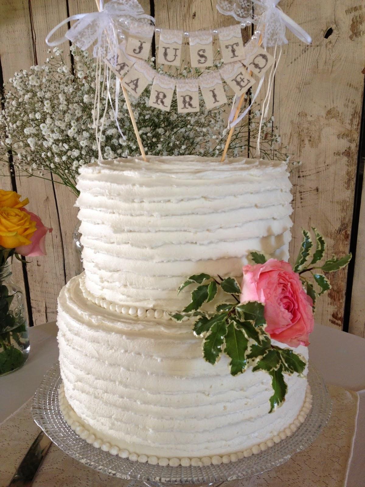 Sugar Love Cake Design Rustic Wedding and Cupcakes